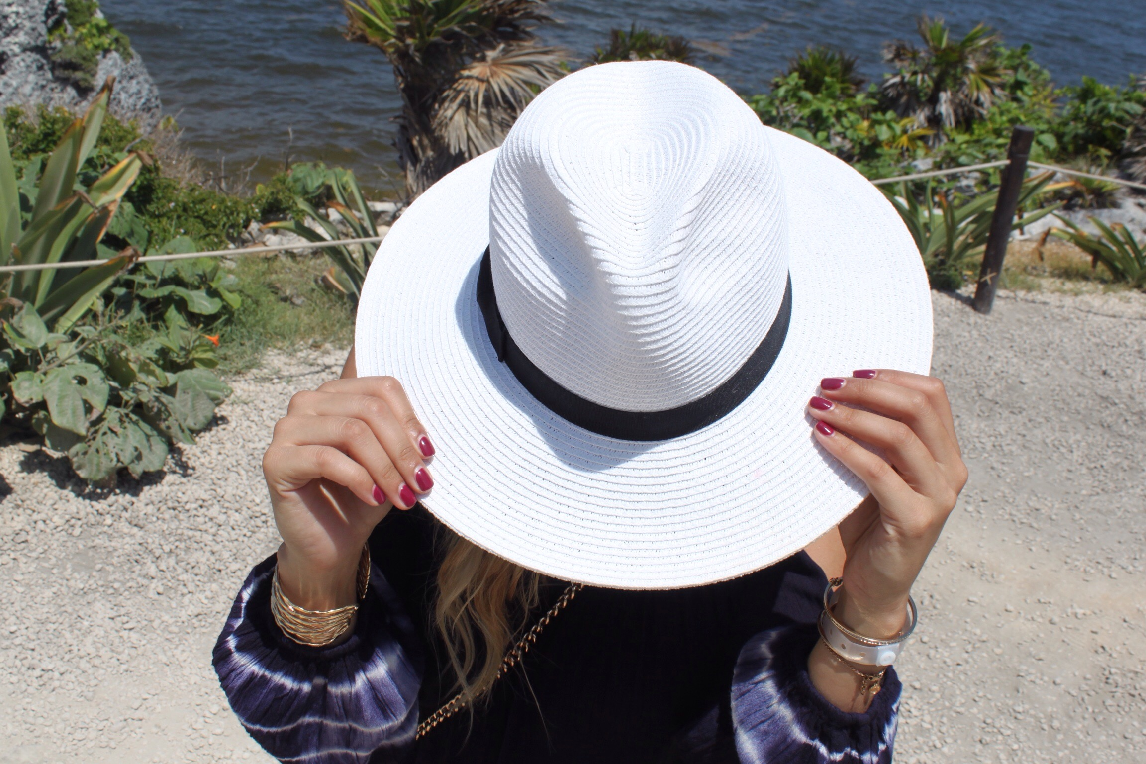 white large brim hat